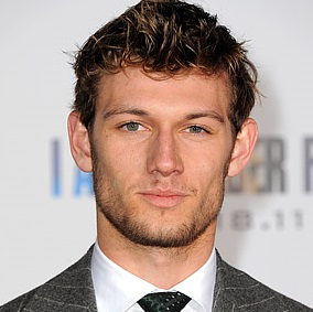 Alex Pettyfer Girlfriend, Dating, Engaged, Gay and Shirtless