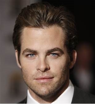 Chris Pine Girlfriend, Dating, Gay and Shirtless