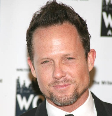 Dean Winters Married, Wife, Divorce, Girlfriend or Gay