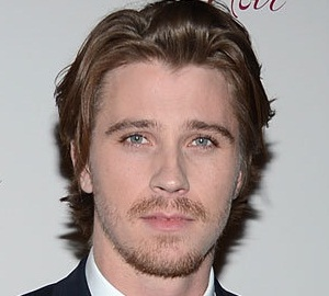 Garrett Hedlund Girlfriend, Dating, Gay, Shirtless and Net Worth