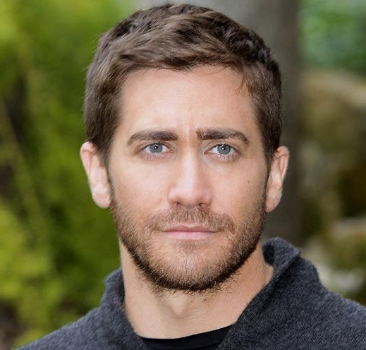 Jake Gyllenhaal Girlfriend, Dating, Gay, Shirtless and Net Worth