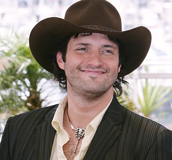 Robert Rodriguez Wife, Divorce, Girlfriend, Clothing and Net Worth