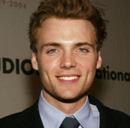 Seth Gabel Wiki, Wife, Divorce, Girlfriend, Gay and Shirtless