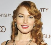Alicia Witt Married, Husband, Boyfriend, Dating and Plastic Surgery