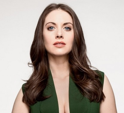 Alison Brie Boyfriend, Dating, Married and Net Worth