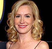 Angela Kinsey Husband, Divorce, Boyfriend, Affair and Net Worth