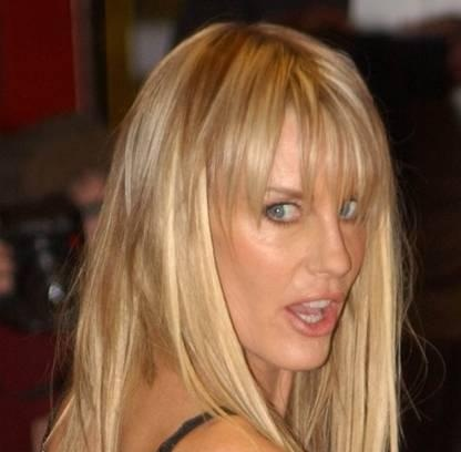 Daryl Hannah Husband, Divorce, Boyfriend and Plastic Surgery