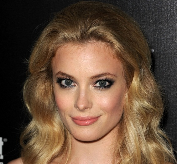 Gillian Jacobs Dating, Boyfriend or Partner and Plastic Surgery