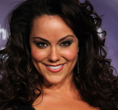 Katy Mixon Married, Husband or Boyfriend and Dating