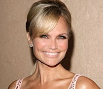 Kristin Chenoweth Husband, Boyfriend, Dating and Plastic Surgery