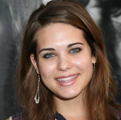 Lyndsy Fonseca Husband, Divorce, Boyfriend and Dating