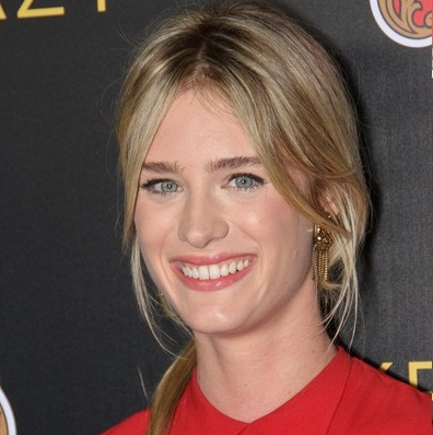 Mackenzie Davis Wiki, Age, Bio, Boyfriend and Dating