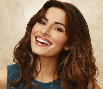 Sarah Shahi Married, Husband, Boyfriend and Pregnant