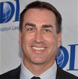 Actor Rob Riggle Wiki, Wife, Divorce and Net Worth
