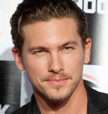 Adam Senn Wiki, Girlfriend, Dating or Gay