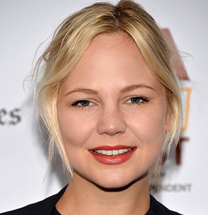 Adelaide Clemens Wiki, Bio, Boyfriend, Dating and Net Worth