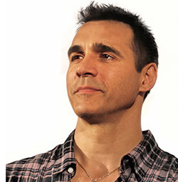 Adrian Paul Wiki, Wife, Divorce, Girlfriend and Net Worth