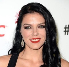 Adrianne Curry Wiki, Husband, Divorce, Boyfriend and Net Worth