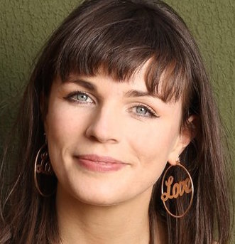 Aisling Bea Wiki, Married, Husband or Boyfriend, Dating