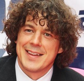 Alan Davies Wiki, Married, Wife, Girlfriend or Gay