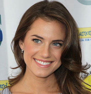 Allison Williams Wiki, Married, Engaged and Boyfriend
