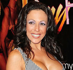 Amy Fisher Wiki, Husband or Lesbian and Net Worth