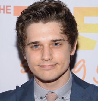 Andy Mientus Wiki, Bio, Height, Girlfriend and Dating