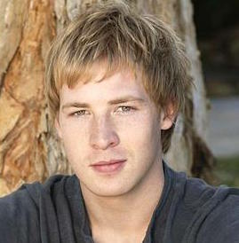 Angus McLaren Wiki, Married, Girlfriend or Gay