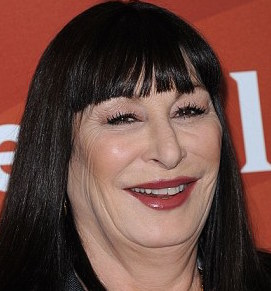 Anjelica Huston Wiki, Husband, Divorce, Ethnicity and Net Worth