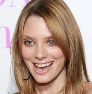 April Bowlby Wiki, Married, Husband or Boyfriend, Dating and Net Worth