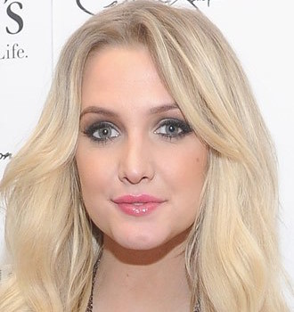 Ashlee Simpson Wiki, Boyfriend, Wedding, Pregnant and Net Worth