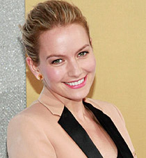 Becki Newton Wiki, Husband, Divorce or Pregnant and Baby