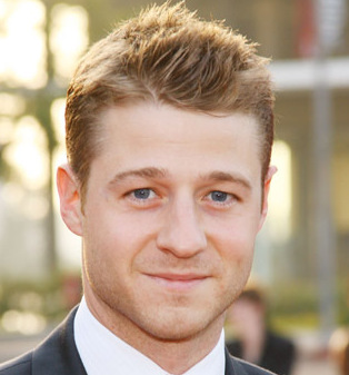 Benjamin McKenzie Wiki, Married, Wife, Girlfriend or Gay