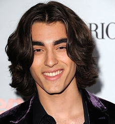 Blake Michael Wiki, Bio, Age, Girlfriend, Dating and Parents