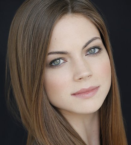 Caitlin Carver Wiki, Bio, Age, Boyfriend, Dating and Net Worth