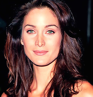 Carrie-Anne Moss Wiki, Husband, Divorce, Boyfriend and Net Worth