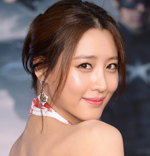 Claudia Kim Wiki, Bio, Boyfriend and Dating
