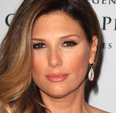 Daisy Fuentes Wiki, Husband, Divorce, Boyfriend and Net Worth