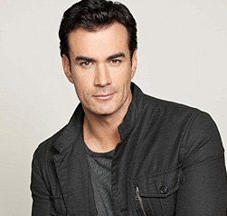 David Zepeda Wiki, Married, Wife, Girlfriend or Gay