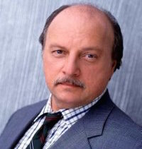 Dennis Franz Wiki, Bio, Young, Dead or Alive and Net Worth