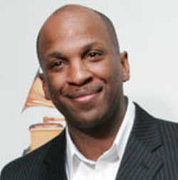 Donnie McClurkin Wiki, Married, Wife or Gay and Net Worth