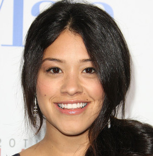 Gina Rodriguez Wiki, Boyfriend, Dating and Ethnicity