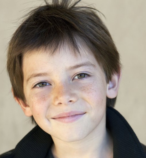 Griffin Gluck Wiki, Bio, Girlfriend, Dating and Parents