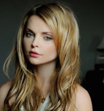 Izabella Miko Wiki, Bio, Boyfriend, Dating and Hot