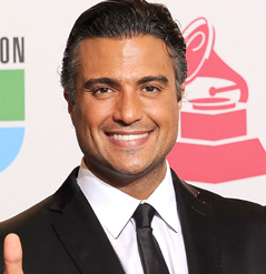 Jaime Camil Wiki, Bio, Married, Wife and Net Worth