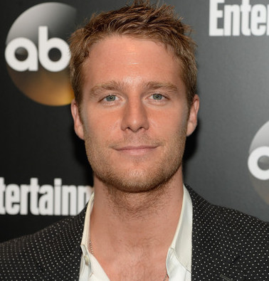 Jake McDorman Wiki, Girlfriend, Dating or Gay, Shirtless