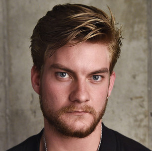 Jake Weary Wiki, Bio, Girlfriend, Dating or Gay and Net Worth