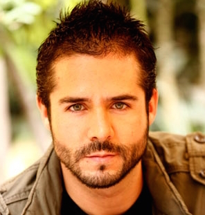 Jose Ron Wiki, Married, Wife, Girlfriend or Gay