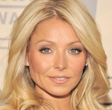 kelly ripa photo