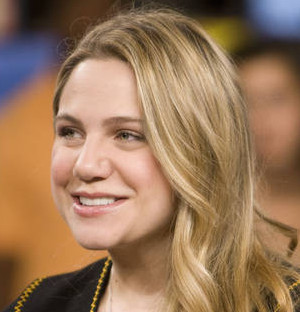 Lauren Collins Wiki, Bio, Boyfriend, Dating and Net Worth